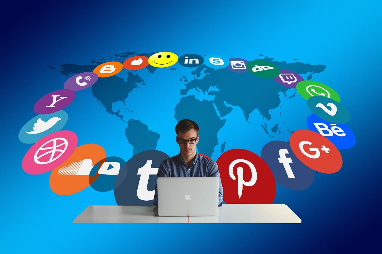 Social Media and Translation